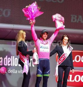 1399741077-uk-giro-ditalia-stage-2-winners-prize-ceremony-in-belfast_4704219
